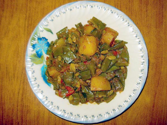Shravan Special: Pure Vegetarian Recipes (Without Onion ...
