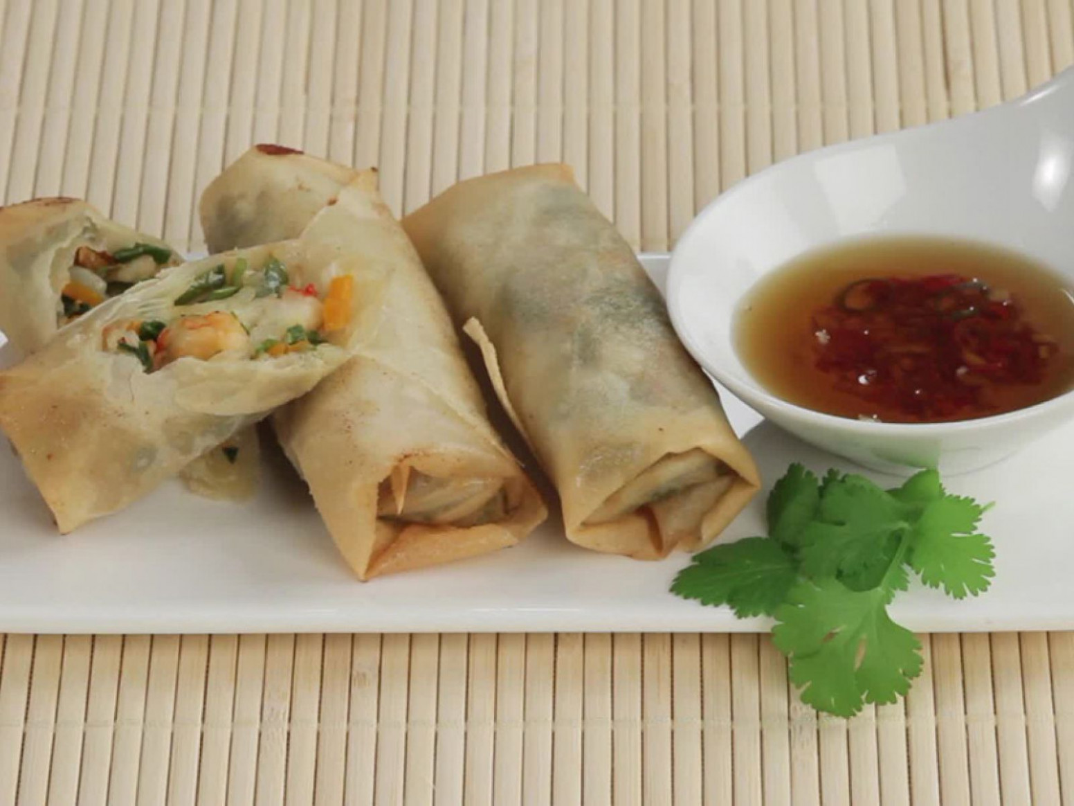 Shrimp and Vegetable Egg Rolls - recipe vegetarian egg rolls