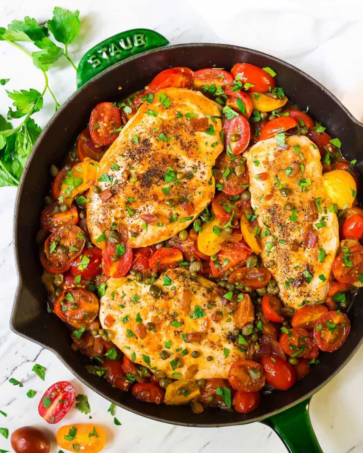 Simple Chicken And Tomatoes Skillet With Garlic And Capers - Chicken Recipes Skillet