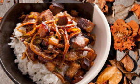 Sisig (Filipino Sizzling Pork) – Recipes Pinoy Food
