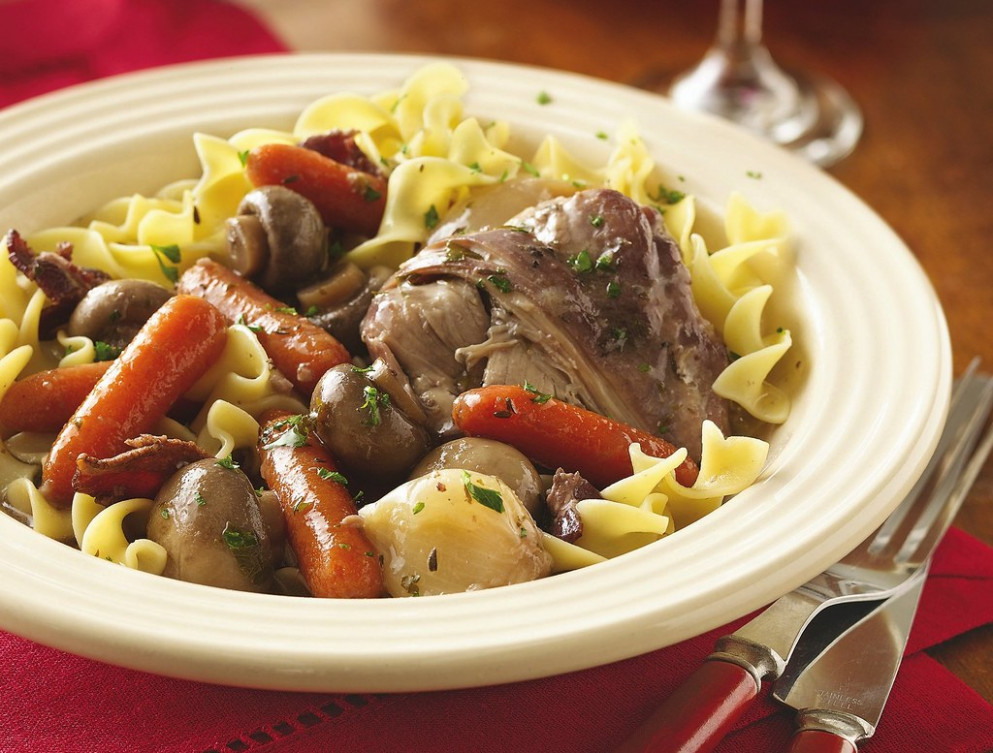 Slow Cooker Chicken in Red Wine Recipe - recipes in slow cooker chicken