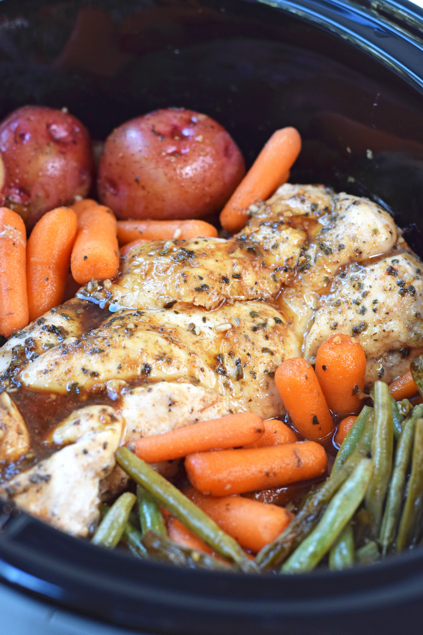 Slow Cooker Honey Garlic Chicken and Vegetables - quick crock pot recipes chicken