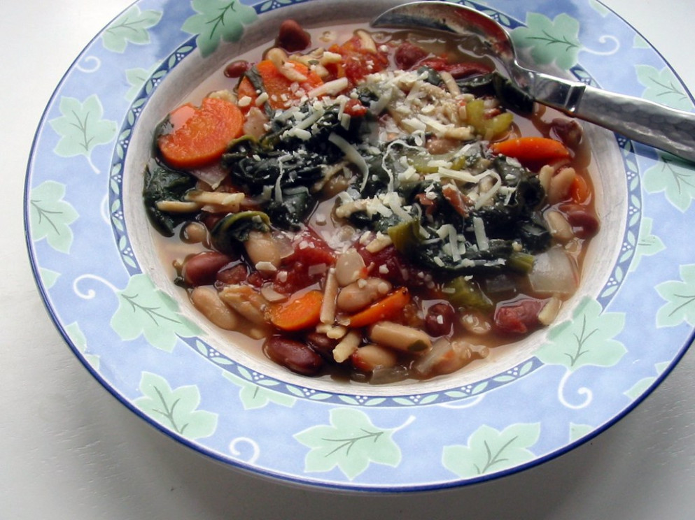 Slow Cooker Minestrone - slow cooker recipes vegetarian