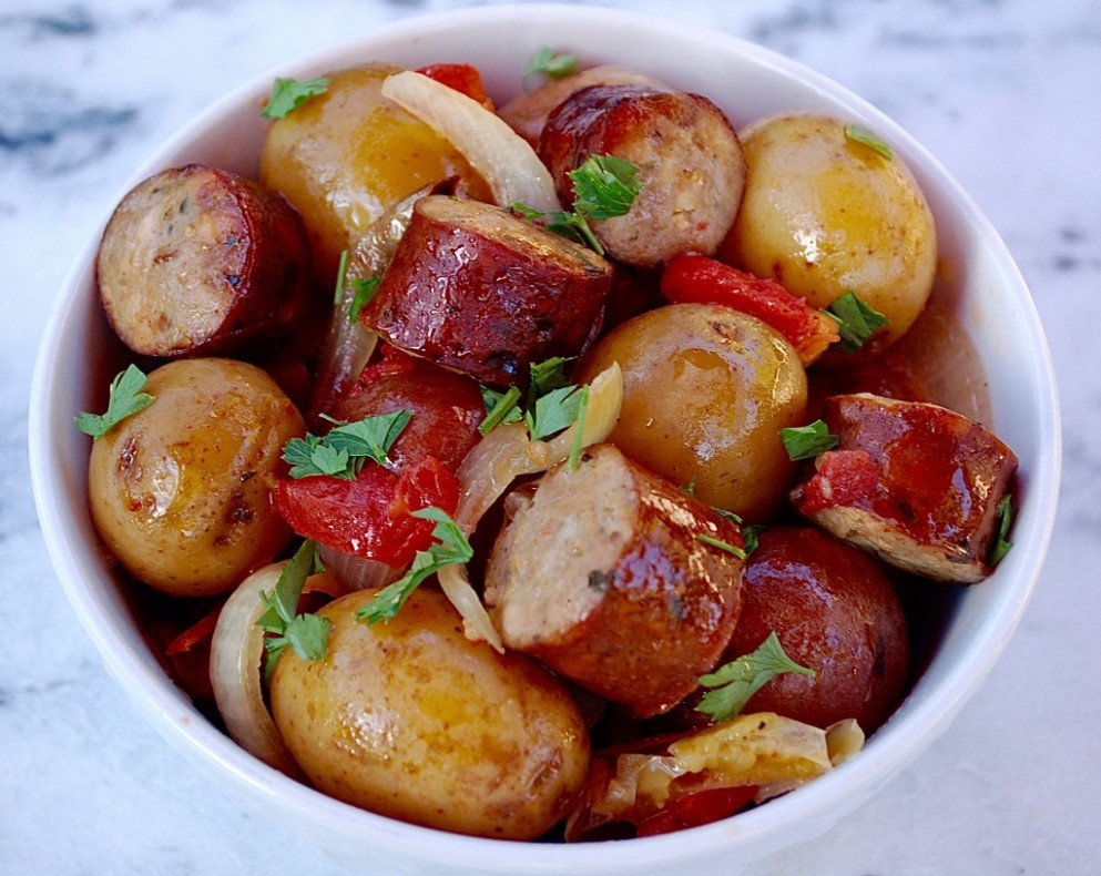 Slow Cooker Sausage and Potatoes - recipes with sausage for dinner