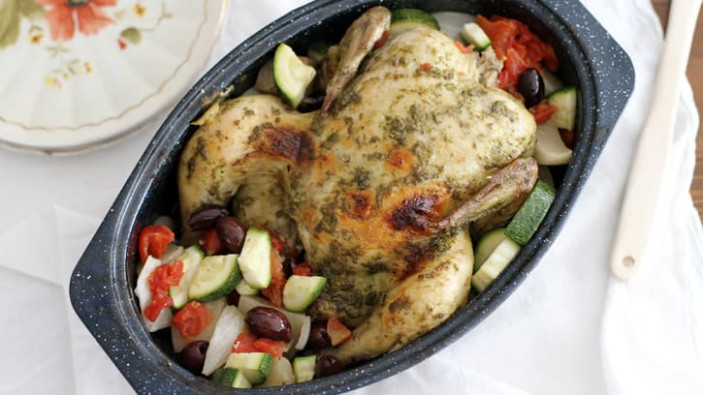 Slow-Cooker Whole Chicken with Pesto and Vegetables ..
