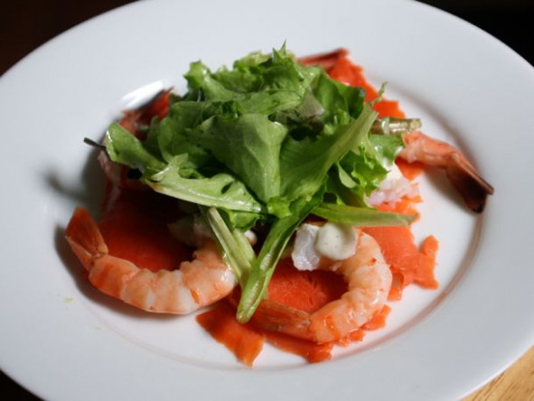 Smoked Salmon with Shrimp, Horseradish Cream and Lime ..