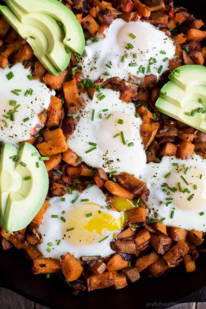 Smoky Bacon Sweet Potato Hash & Eggs | Easy Healthy Recipes - Recipes Delicious Healthy Breakfast