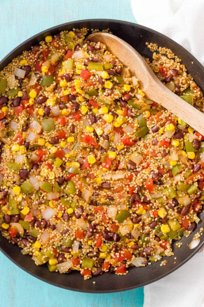 Southwest Vegetarian Quinoa Skillet - Family Food On The Table - Recipes With Quinoa Vegetarian