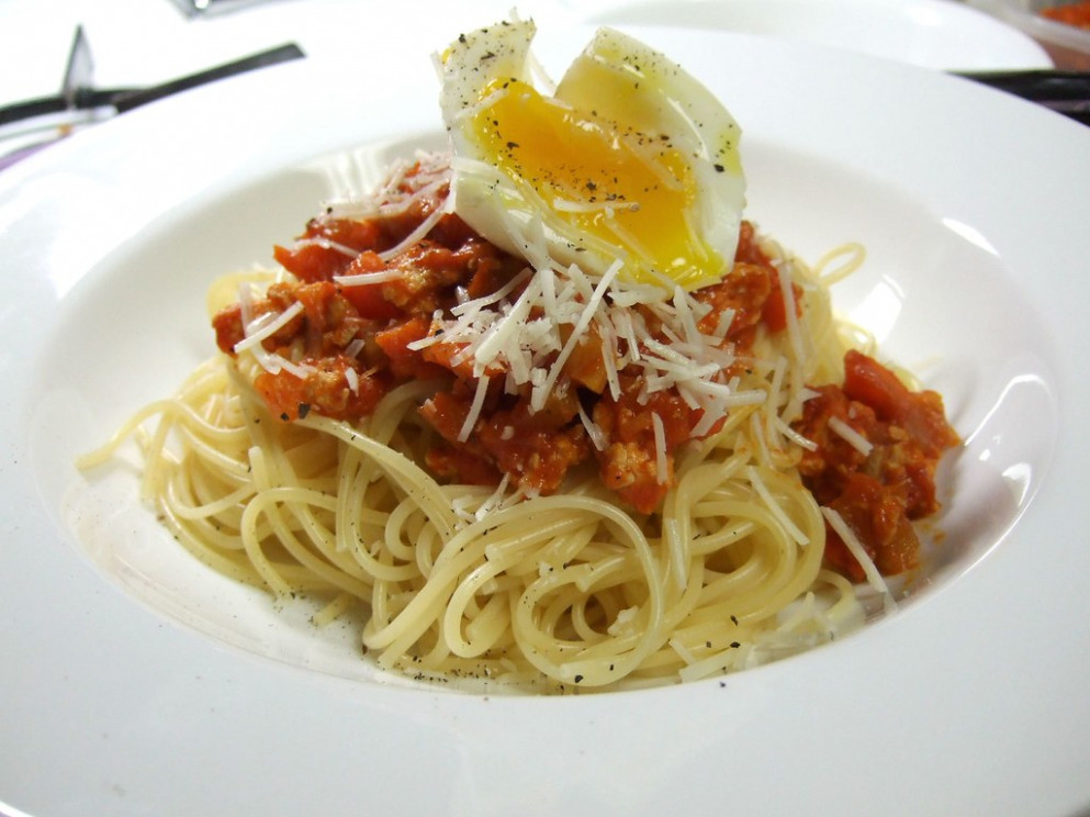 Spaghetti Bolognese with Soft Boiled Egg - chicken recipes with pasta