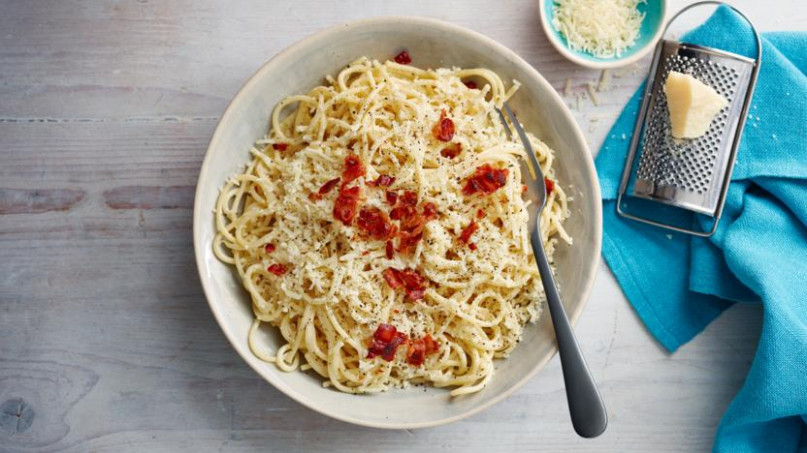 Spaghetti Carbonara Recipe - BBC Food - Food Recipes Bbc