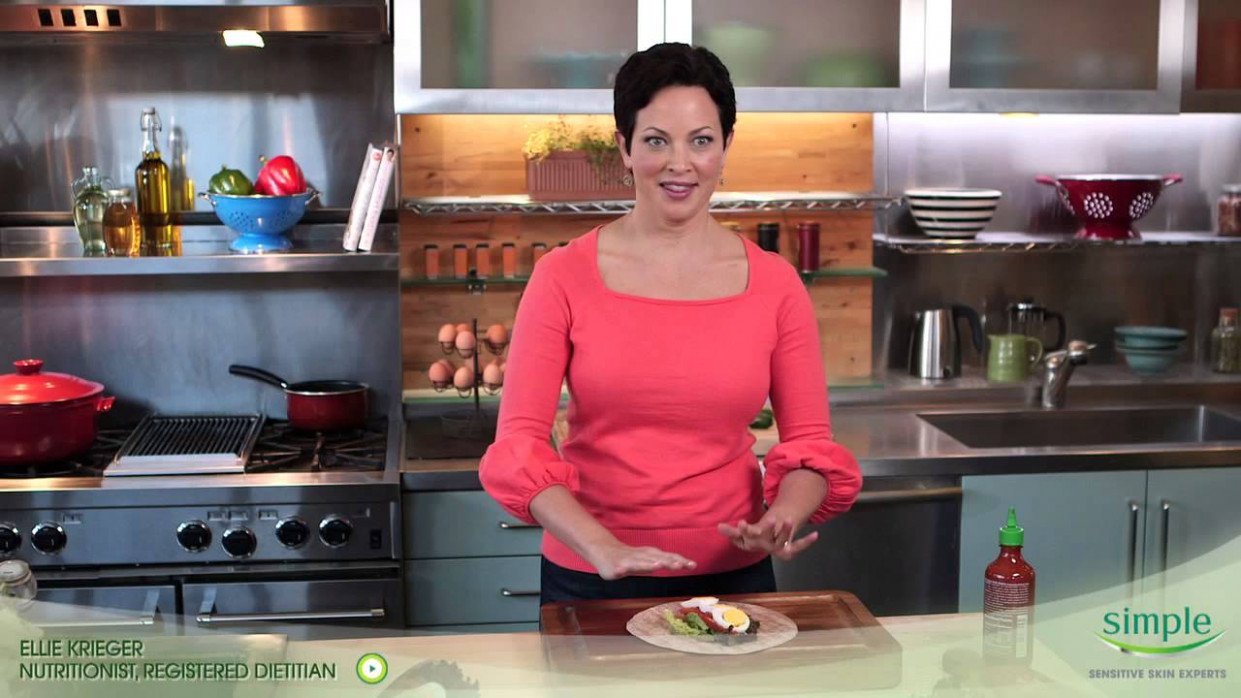 Spicy Egg And Avocado Wrap - Ellie Krieger Recipe - Ellie's Real Good Food Recipes