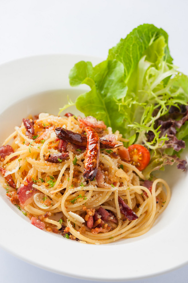 Spicy Pasta With Dried Chili And Bacon - Recipes Pasta Healthy