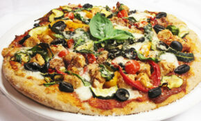 Spicy Roasted Vegetable and Quorn Chicken Pizza - FoodByG