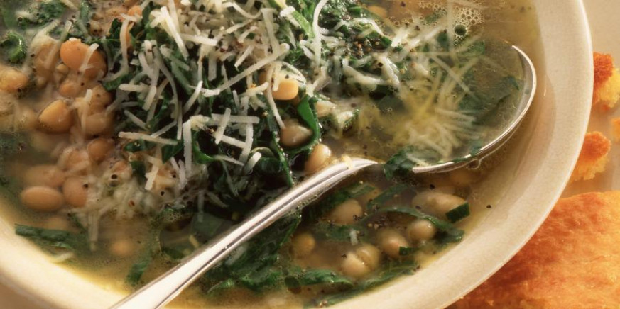Spinach and Navy Bean Soup | RecipesPlus - recipes navy beans vegetarian