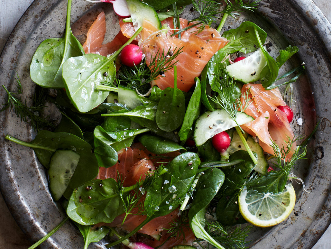 Spinach and Smoked Salmon Salad with Lemon-Dill Dressing - smoked salmon recipes dinner