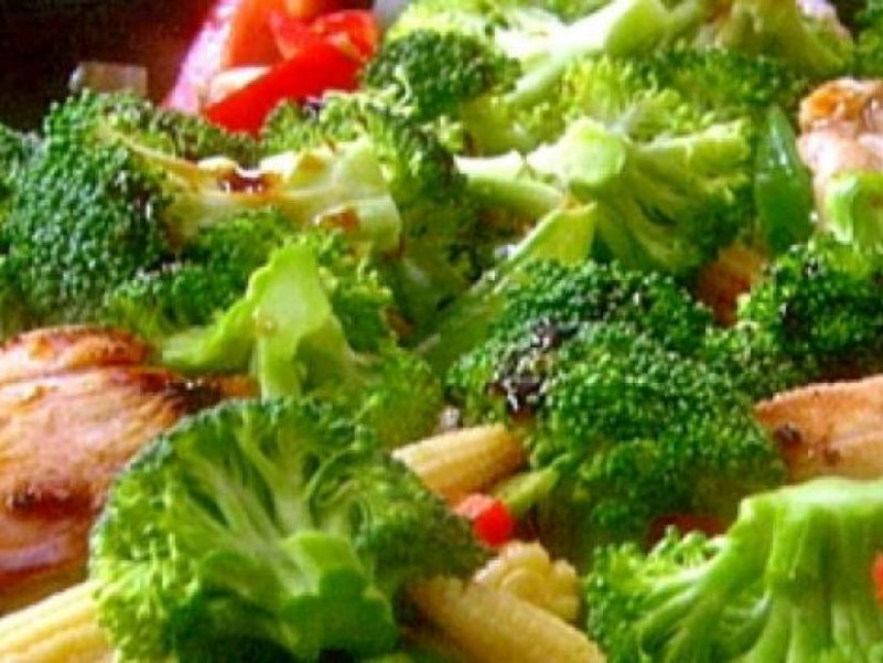 Stir-Fried Chicken and Vegetables Recipe | Robin Miller ..