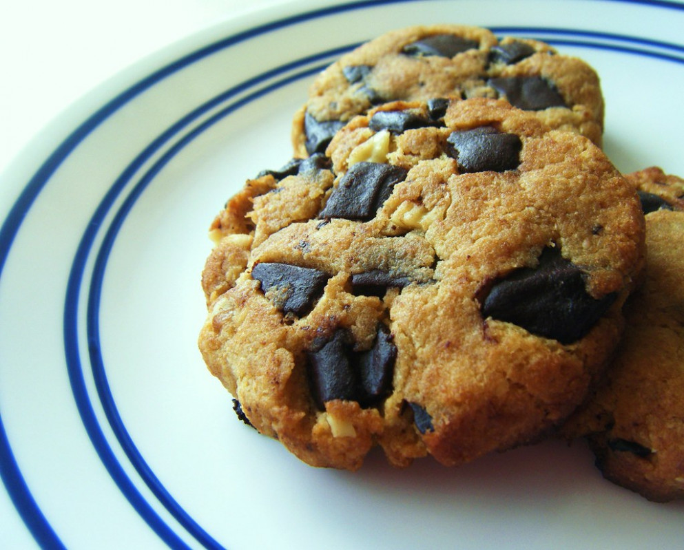 Sugar-free-chocolate-chip-cookies - healthy recipes dairy free