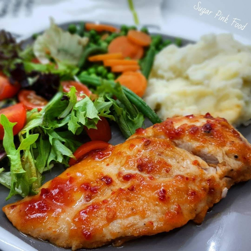 Sweet Chilli Chicken Breasts & Garlic Mash - dinner recipes slimming world