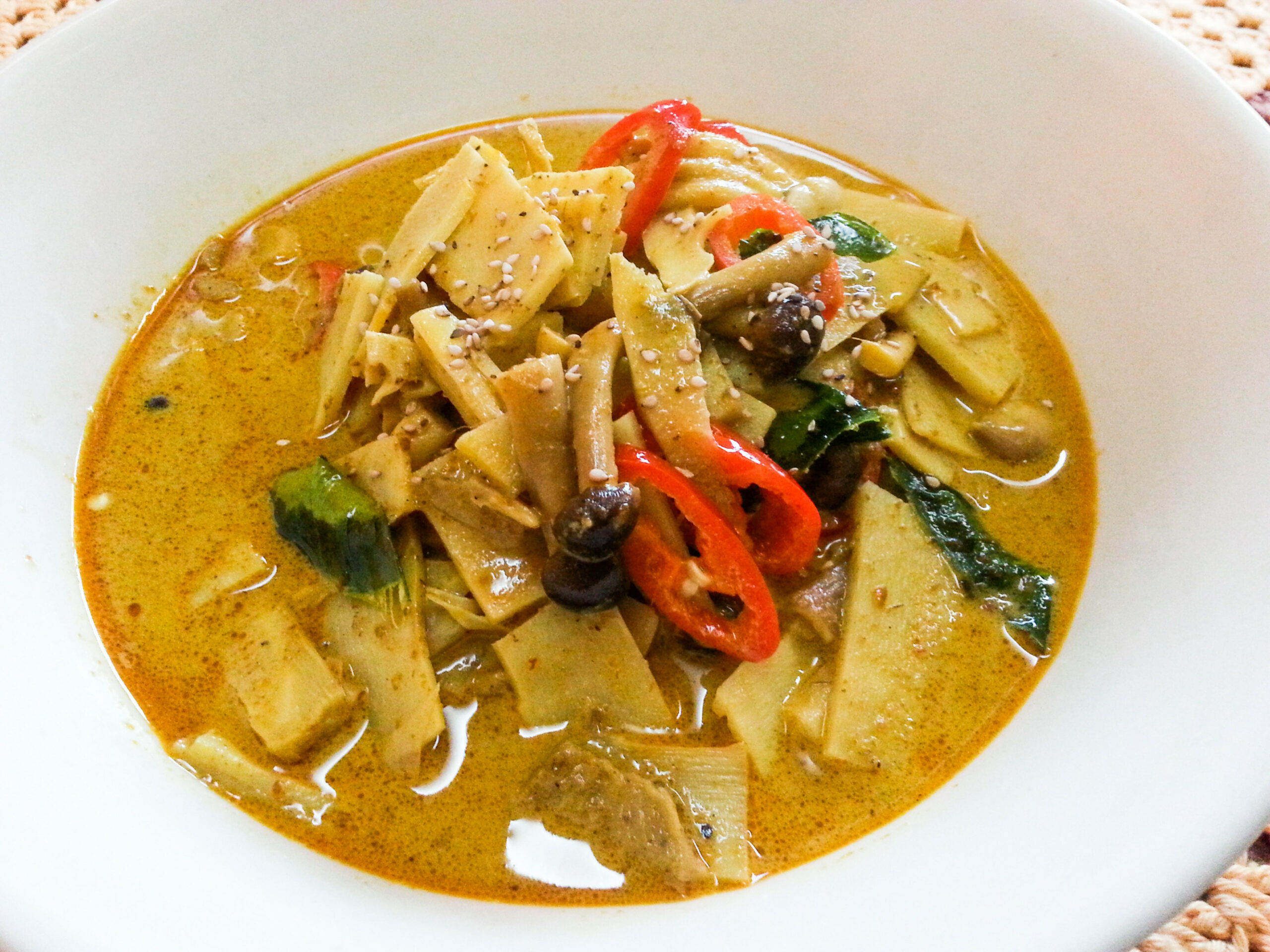 Thai Food Recipe: Vegetarian Pickled Bamboo Shoots in Yellow ..