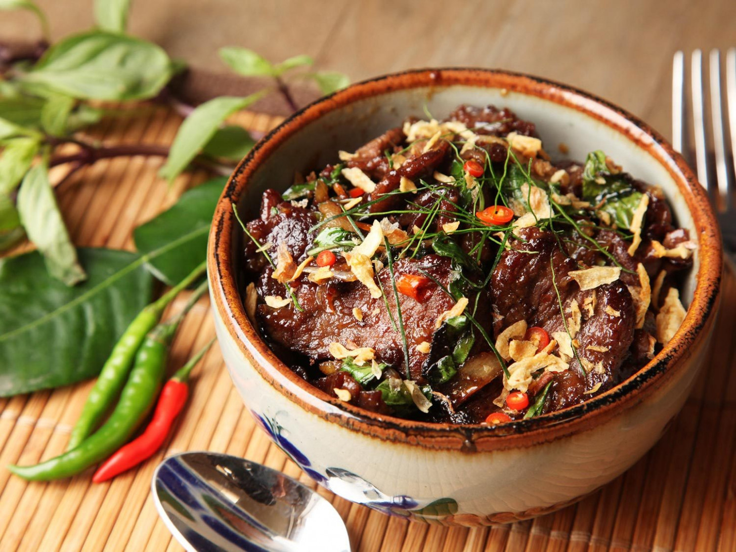 Thai Style Beef With Basil And Chilies (Phat Bai Horapha) Recipe - Food Recipes Beef