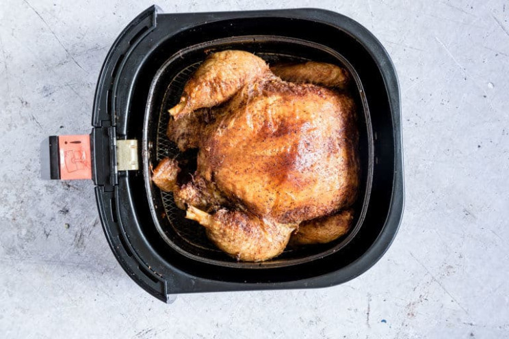 The Best Air Fryer Whole Chicken {Gluten-Free, Low Carb ..