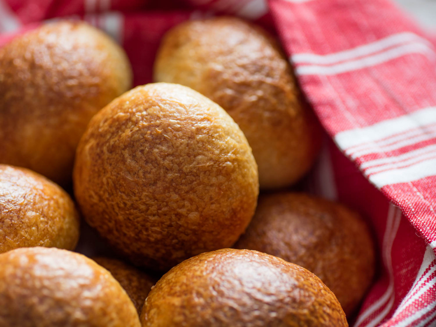 The Best Dinner Rolls (Fluffy, Crusty, and Chewy) Recipe - recipes homemade dinner rolls