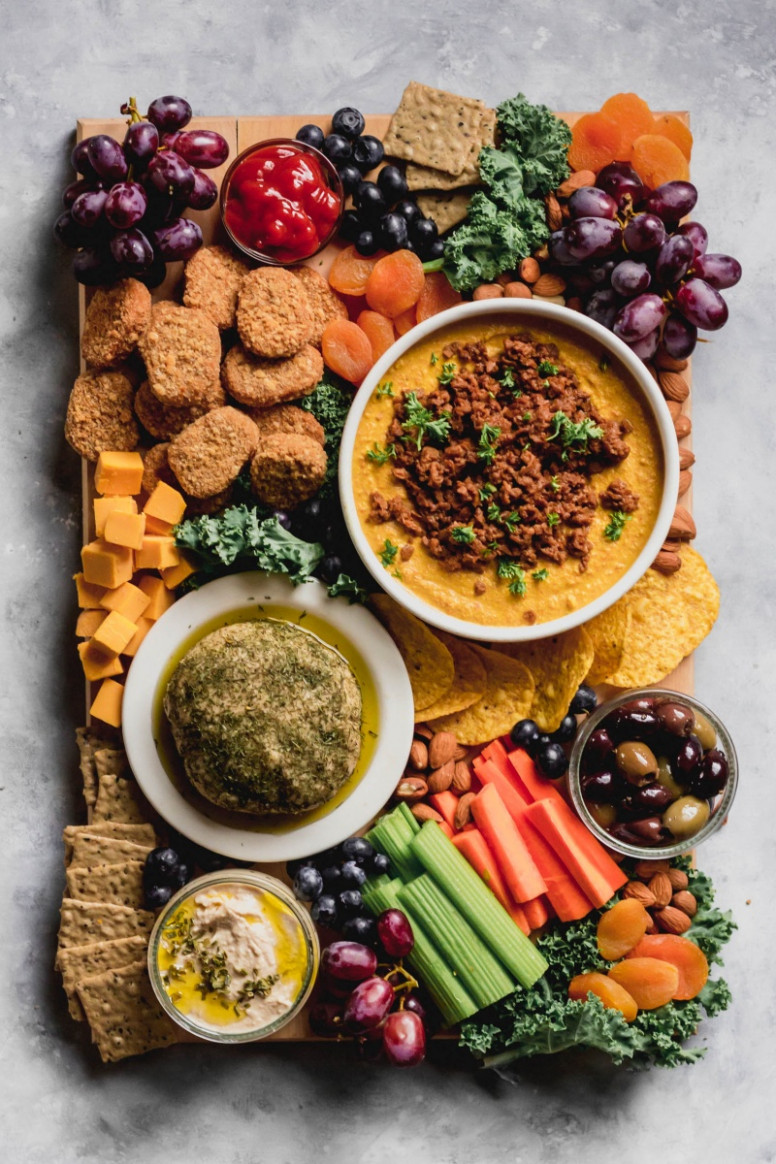 The Ultimate Vegan Party Platter – Emilie Eats - recipes dinner with friends
