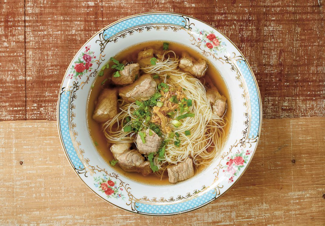 These Photos and Recipes of Authentic Thai Food Will Make ..