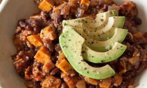 This High Protein Sweet Potato Chili Recipe Is A Healthy ..