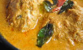 Tickle My Senses: Goan Chicken Xacuti Without Coconut