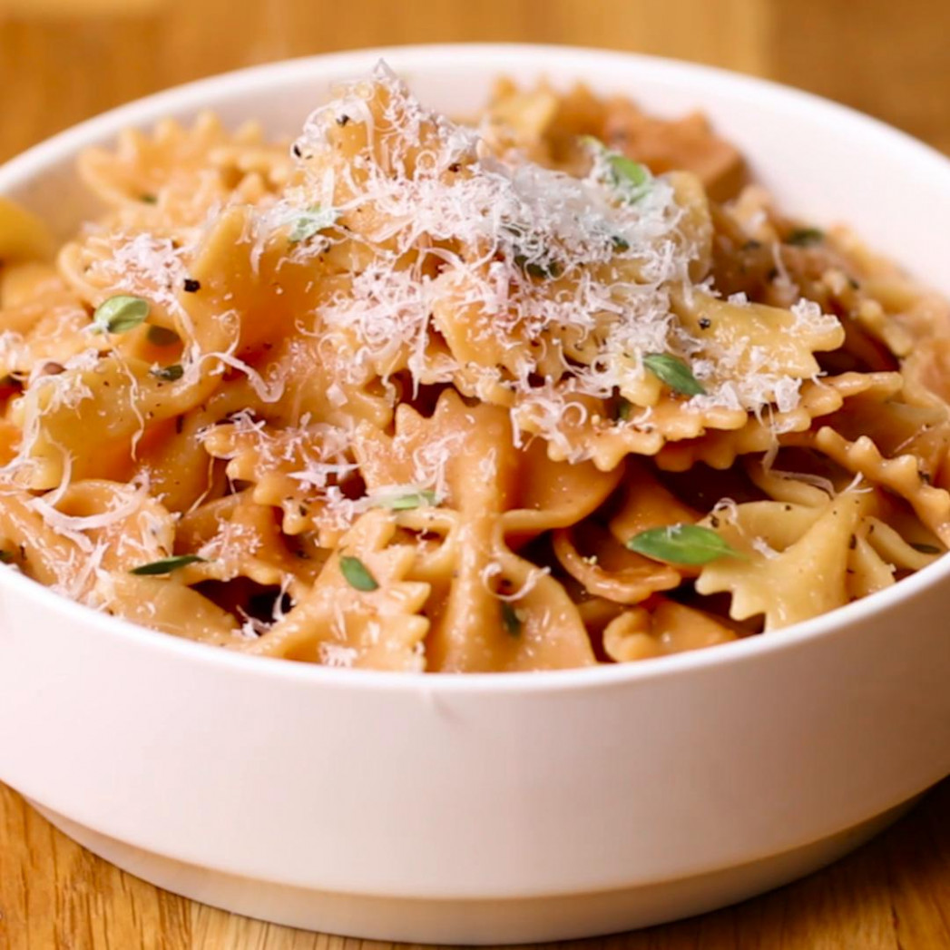 Toasted Farfalle With Thyme Sauce Pasta Recipe by Tasty - farfalle pasta recipes vegetarian