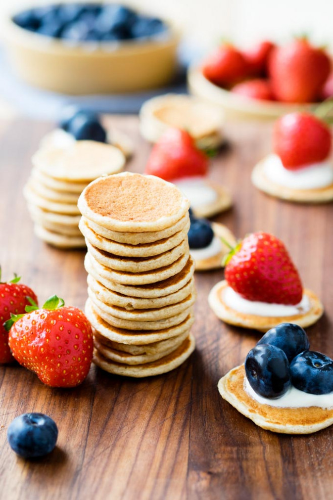 Toddler Pancakes - healthy and easy (baby led weaning ..