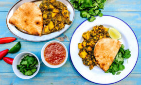 Traditional Authentic Indian Vegetarian Curry — Stock Photo ...