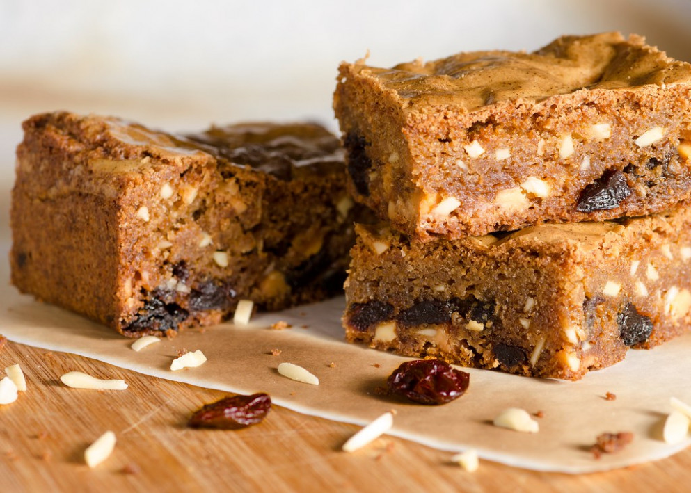 Traditional Campmasterin' Blondies - Food Recipes Sites