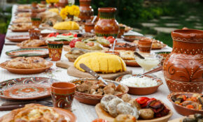 Traditional Romanian Food: 14 Must Try Dishes In Bucharest – Romanian Food Recipes