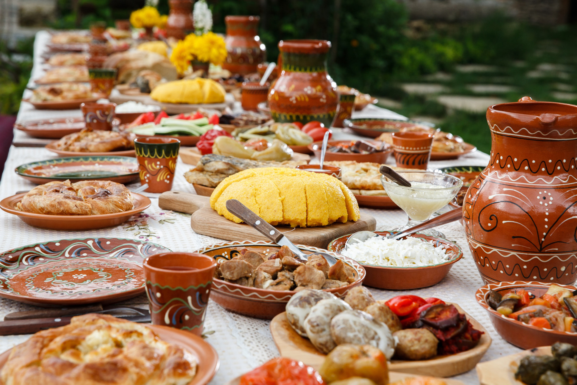 Traditional Romanian Food: 14 Must Try Dishes in Bucharest - romanian food recipes