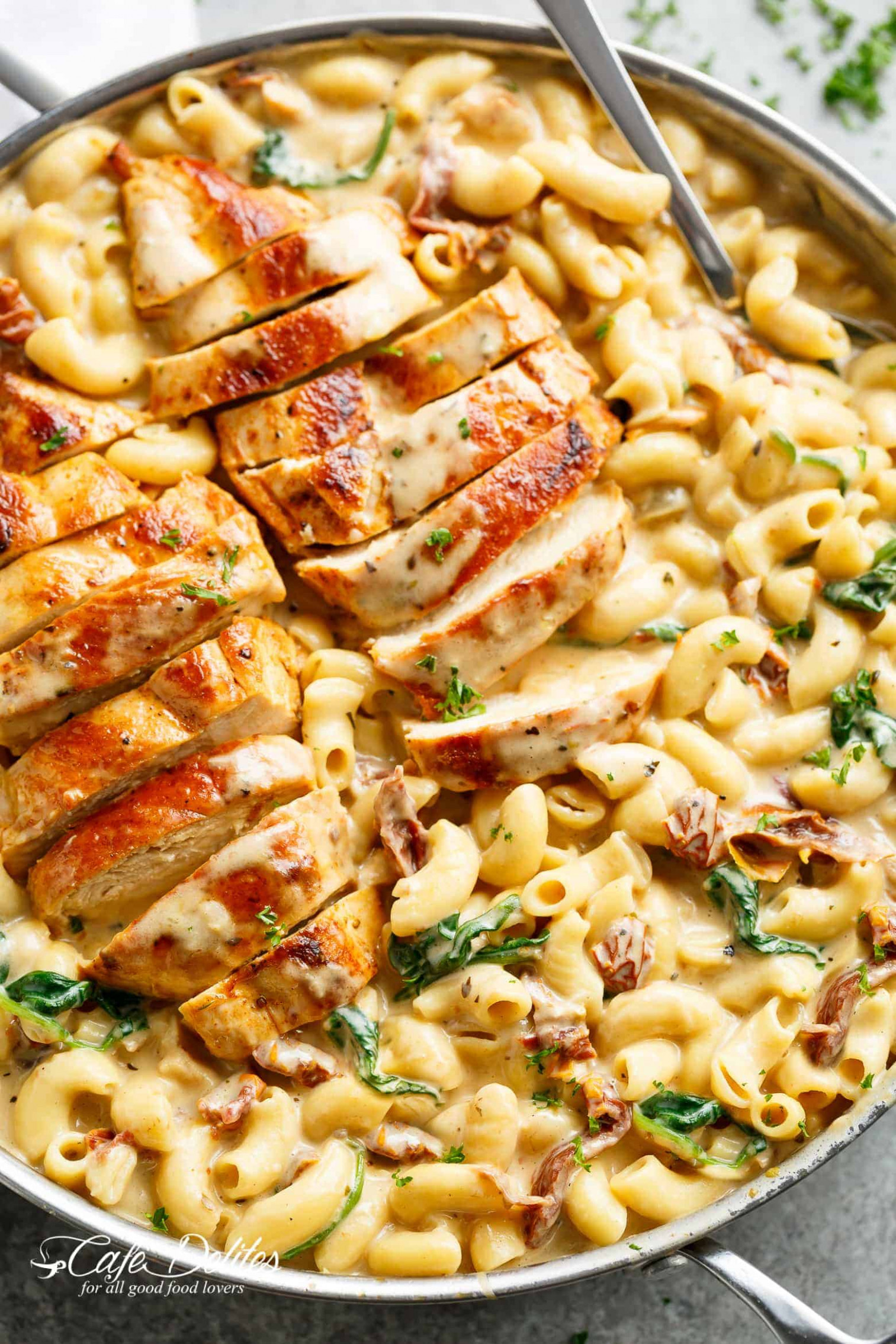 Tuscan Chicken Mac And Cheese (ONE POT, STOVE TOP) - one pot pasta recipes chicken
