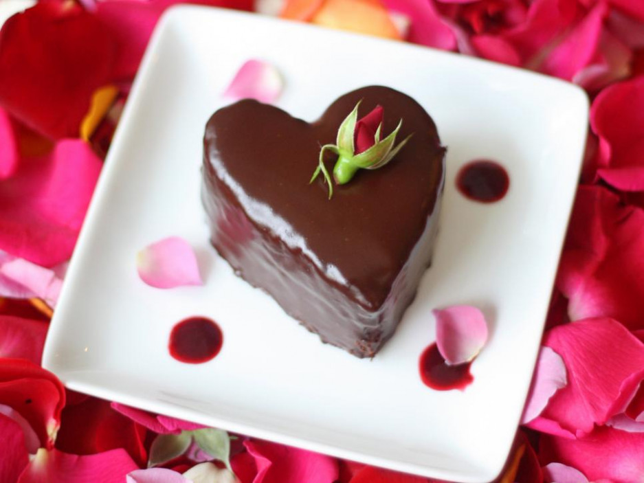 Valentine's Day Cake Recipes & Ideas : Cooking Channel ..