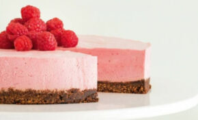 Valentines Day Recipe: Raspberry Mousse Cake | Stuff.co