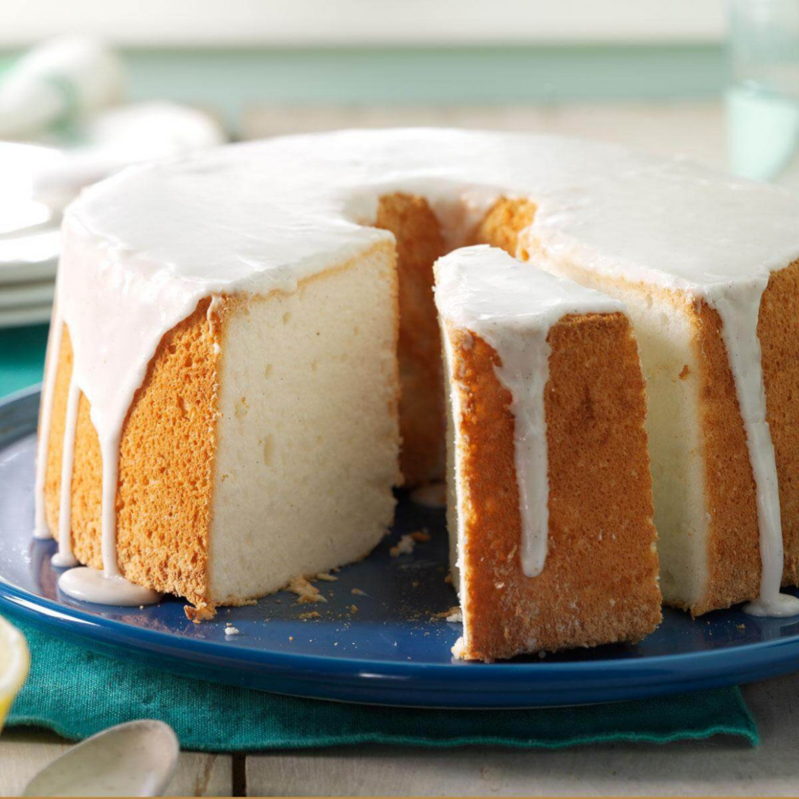 Vanilla Bean Angel Food Cake Recipe | Taste of Home - recipes angel food cake