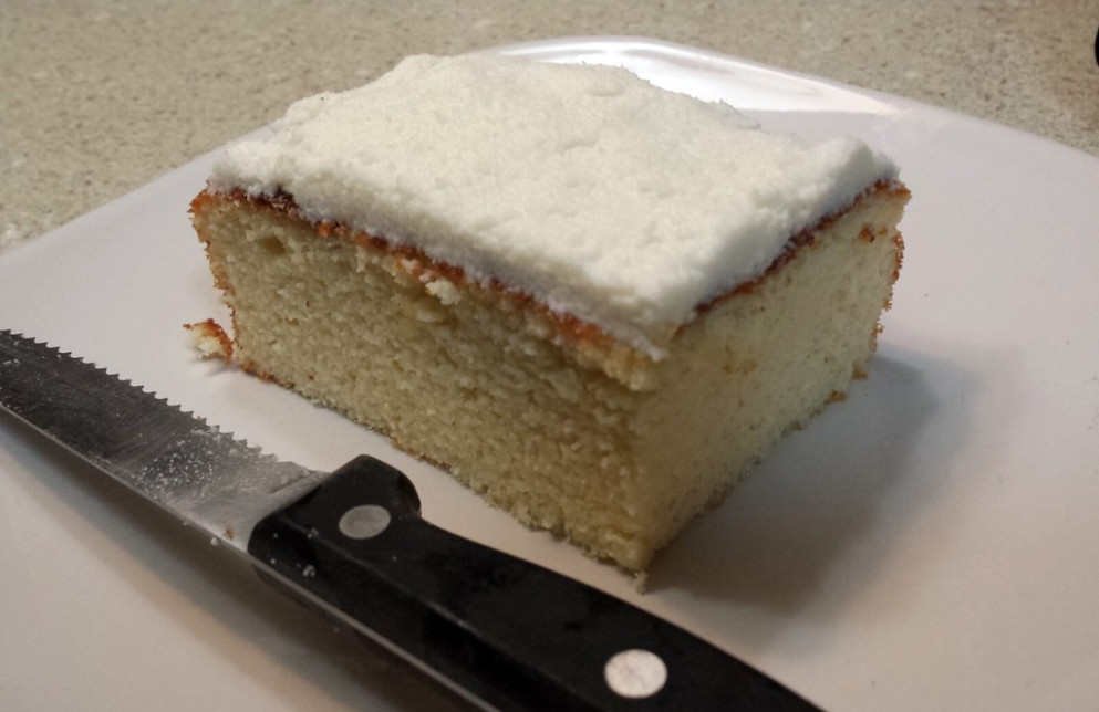 Vanilla yogurt protein cake - healthy recipes high protein low carb