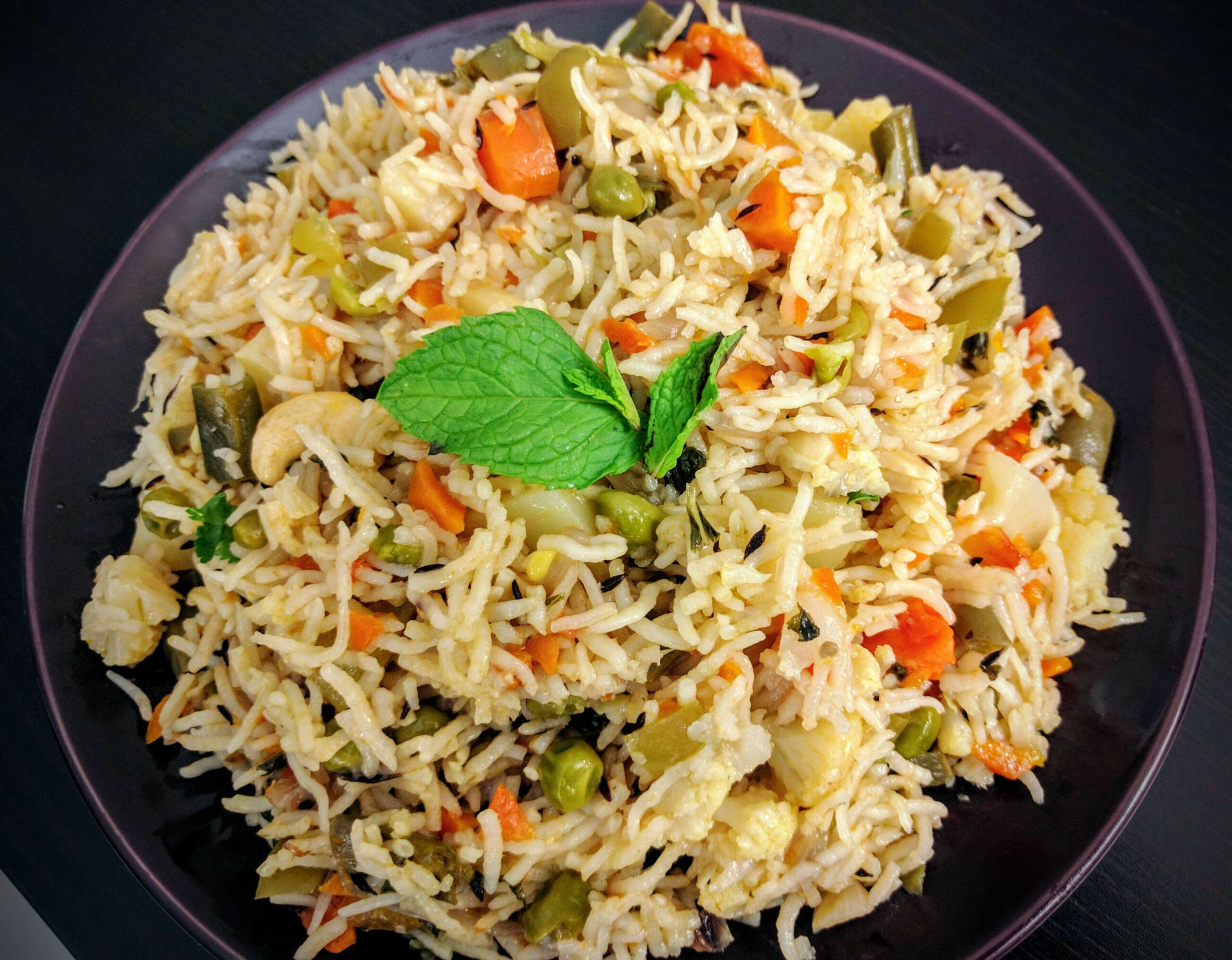 Veg Pulao Recipe (Vegetable Pilaf) | VegeCravings - vegetarian recipes with rice and vegetables