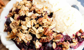 Vegan Gluten Free Blueberry Crisp (Paleo option, GF, V, Dairy-Free, Refined  Sugar-Free)