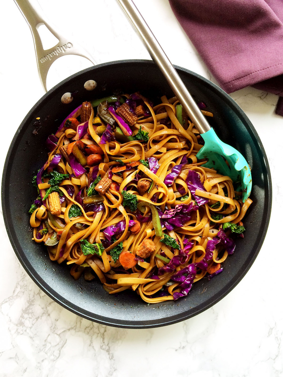 Vegan Mongolian Noodles And Veggies Stir Fry In Spicy Soy Ginger Sauce - Dinner Recipes Veg Indian In Hindi