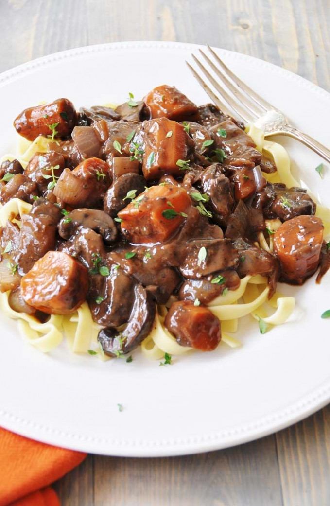 Vegan Mushroom Bourguignonne | Vegetarian recipes, Whole ..