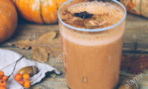 Vegan Pumpkin Pie Smoothie With Spices. Healthy Fall ..