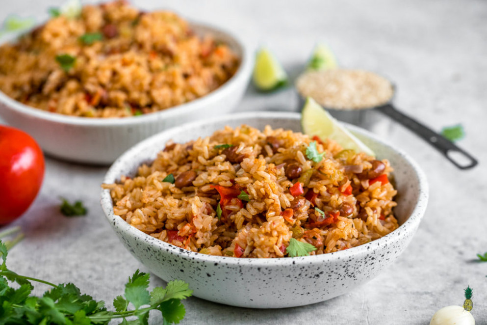Vegan Spanish Rice And Beans | Easy & Healthy Rice Cooker Meal - Recipes Beans And Rice Vegetarian