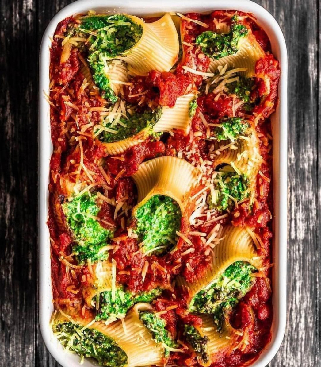 Vegan stuffed shell pasta by @vegan.dy ? A delicious and ..