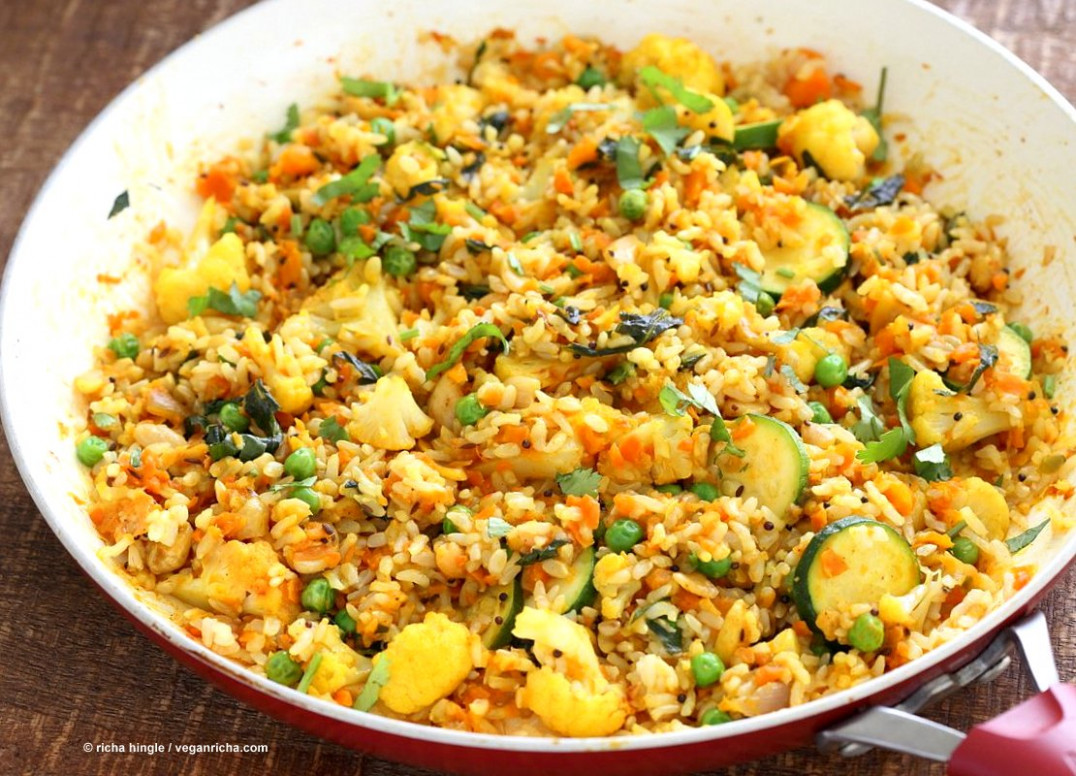 Vegetable Carrot Fried Rice - Carrot Veggie Turmeric Pilaf ..