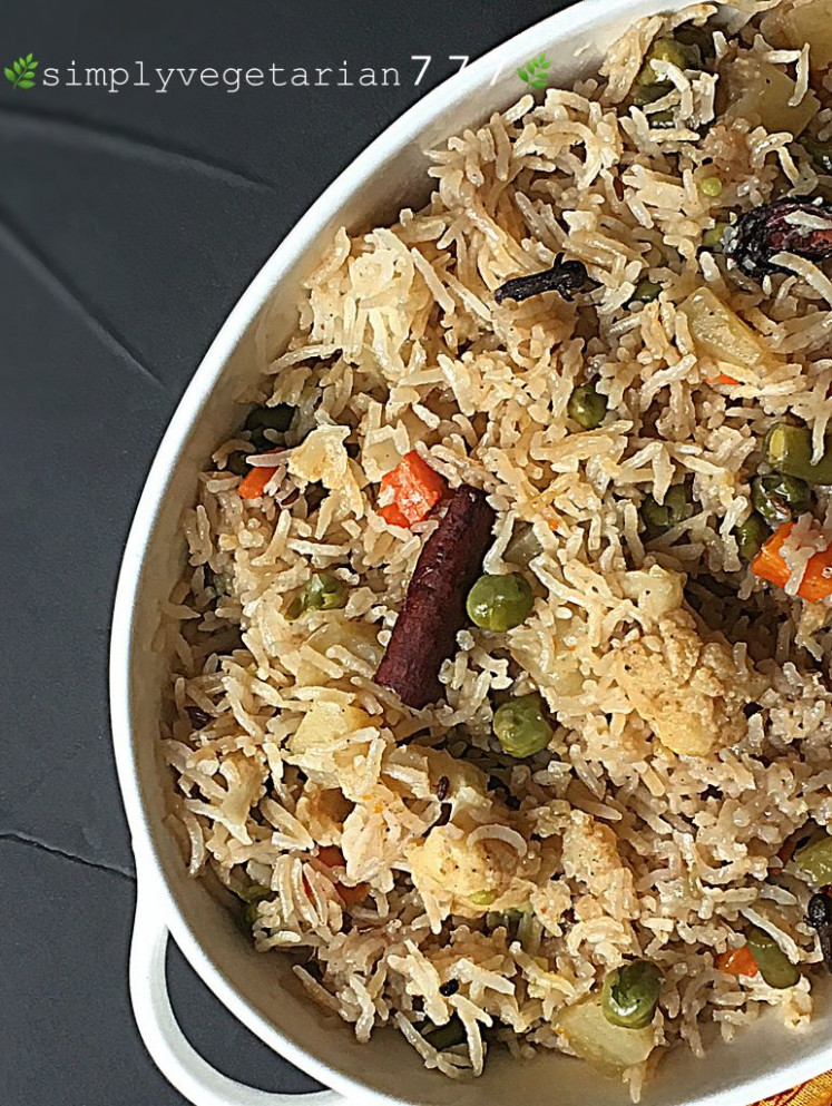 Vegetable Pulav Instant Pot Recipe - Easy, Simple & Delicious - easy vegetable instant pot recipes